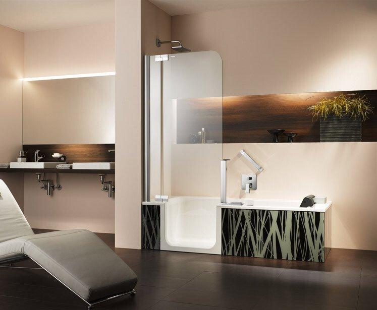 altersgerechtes bad mit badewanne artweger. Black Bedroom Furniture Sets. Home Design Ideas