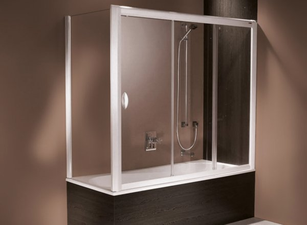 LIFELINE Bathtub enclosure | © Artweger GmbH. & Co. KG