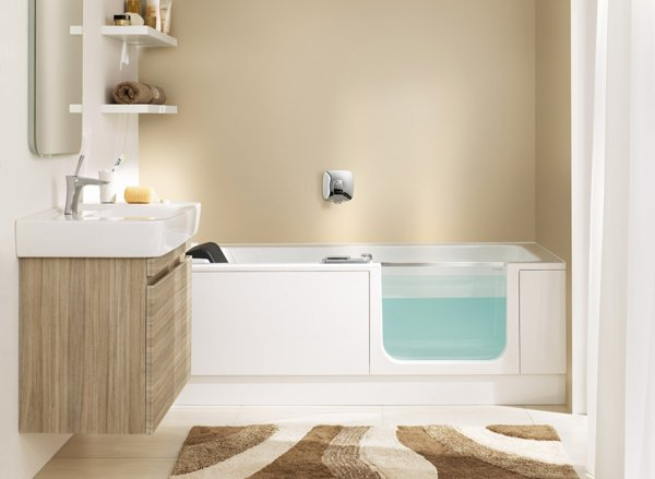 TWINLINE 2 bathtub with bathtub door | © Artweger GmbH. & Co. KG
