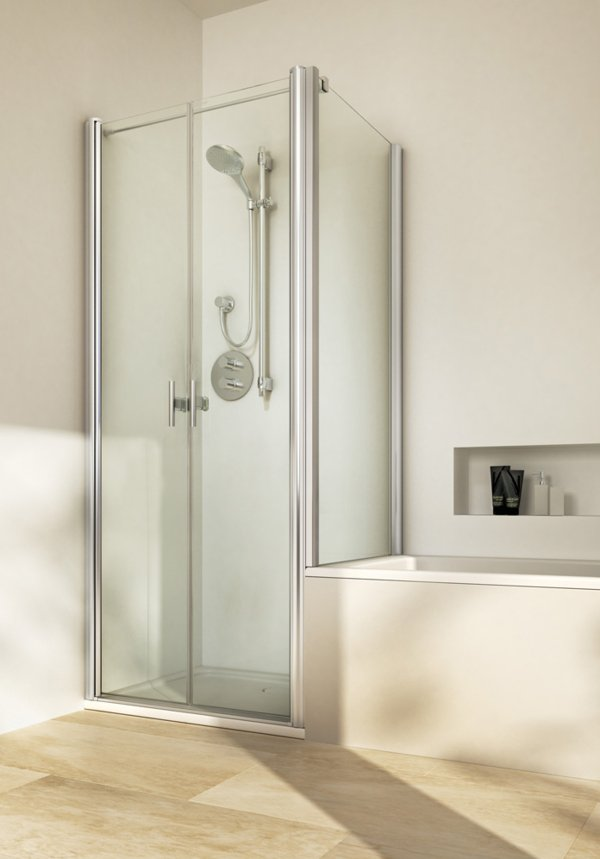 TWISTLINE Double swinging door next to shortened side screen, genuine clear glass, profiles high gloss metal, handles chrome | © Artweger GmbH. & Co. KG