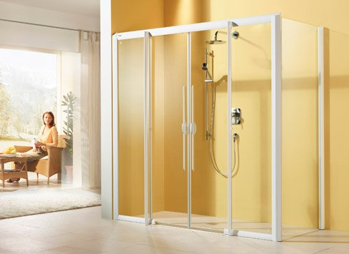 LIFELINE MOBIL Shower Barrier free and comfortable