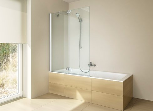 badewannenaufsatz von artweger spritzschutz mit. Black Bedroom Furniture Sets. Home Design Ideas